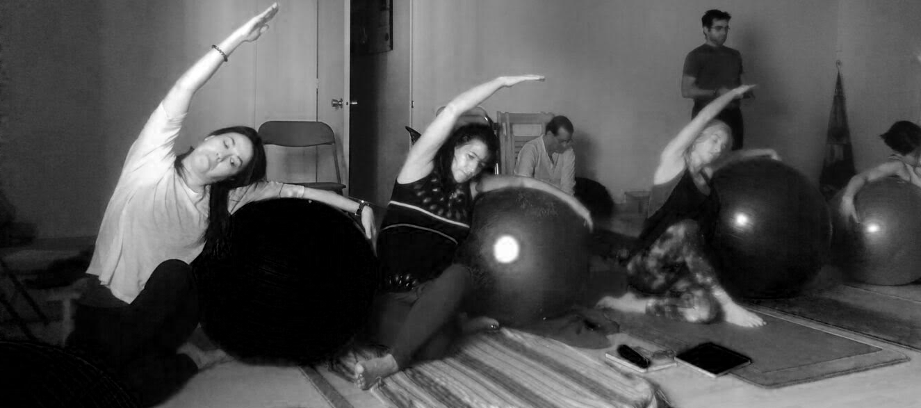 yoga-fitball-grupo
