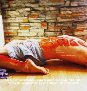 Descubre la belleza del yoga en movimiento